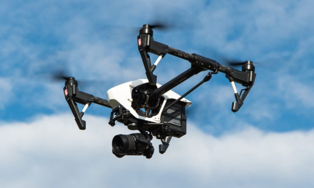 Regler for at flyve med droner