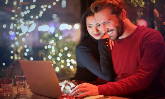Sådan bruger du nettet til at komme billigt afsted på ferie