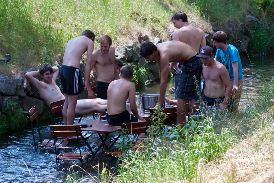 Fest i vand