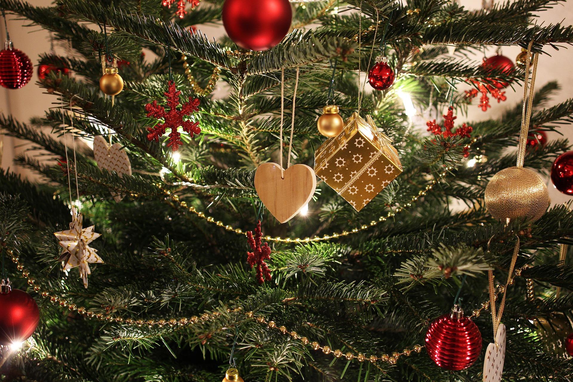 Pynt på juletræ