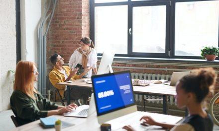 5 tips til en mere ergonomisk arbejdsdag